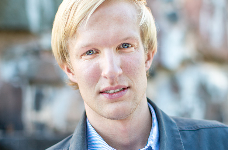 Porträttfotografering med Fredrik vid Skansen Kronan i Göteborg