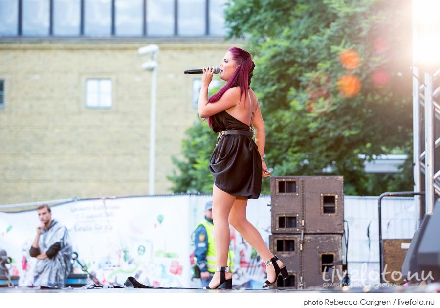Molly Sanden på Götaplatsen, RIX FM-festival